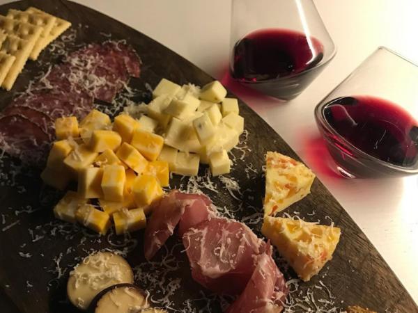 [경기 시흥]  와인엔 역시 치즈플레이트