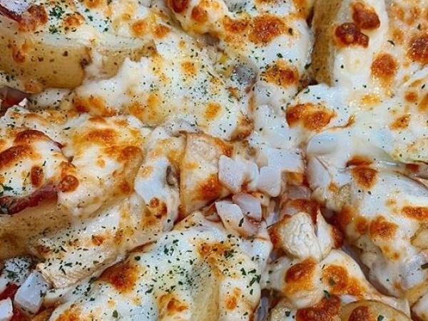 [충북 청주]  두가지맛을 동시에 느끼는 피자
