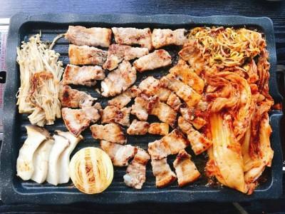 [홍대] 우리동네 김치찌개