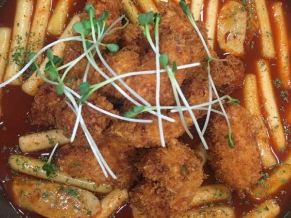 치킨과 떡볶이를 한번에! 치킨떡볶이 맛집
