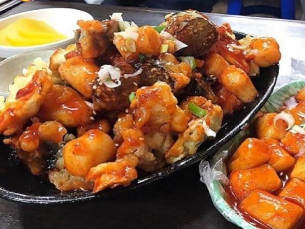 튀김+떡볶이는 진리! 튀김범벅 떡볶이 맛집