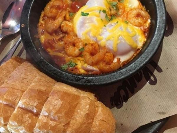 한국에서 즐기는 에그인헬(샥슈카) 맛집