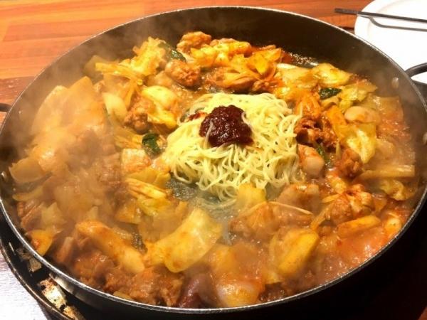 [수원] 박네집 송탄부대찌개 & 무공닭갈비