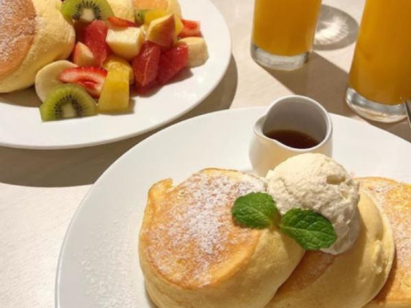 [용산구] 상콤함이 가득 딸기 수플레 팬케이크