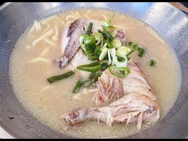 [강원 춘천] 꾸덕한 국물이 맛있는 옹심이 칼국수