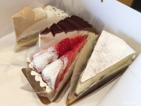 [전남 여수] 한입에 먹기 좋은 중독적인 맛 조각케이크